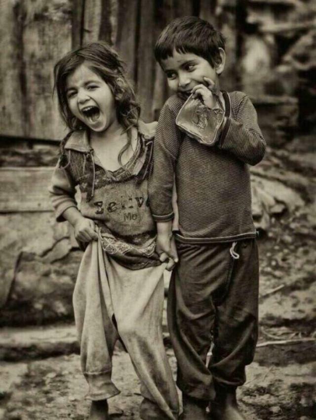 💔 photo #photography  #cute #love #smile #children #child #poor #egypt #street #streetphotography #streetlife #amazing  #amazing_face  #FreeToEdit